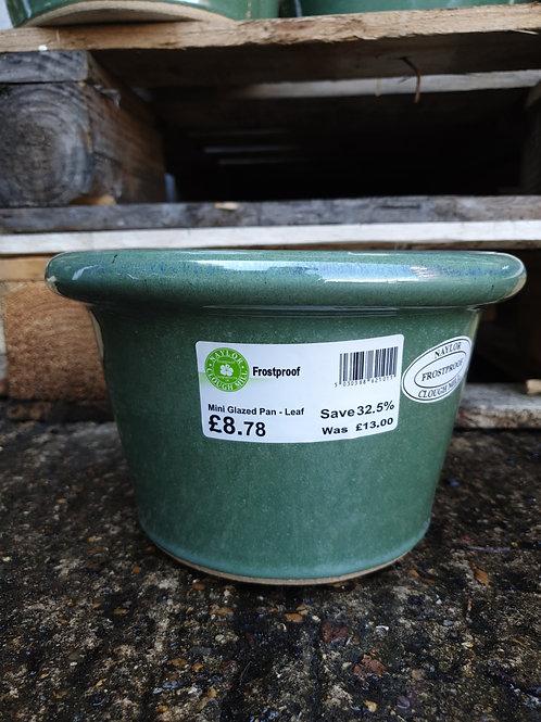 Mini glazed pan pot 'leaf' 14cmx22cm