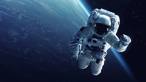 bg_astronaut.png