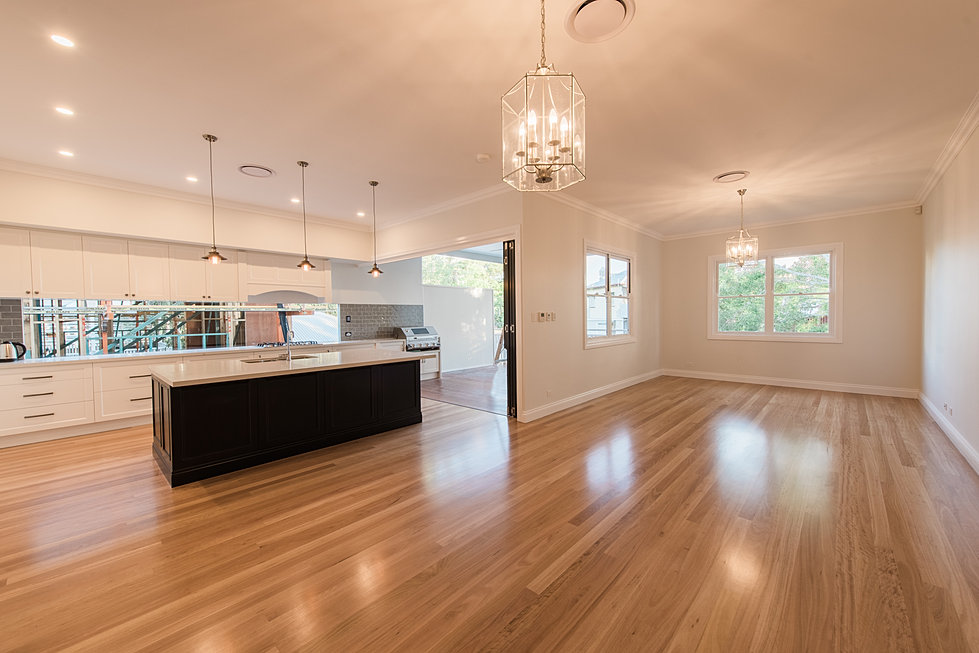 Acm constructions design construct builders in brisbane for Queenslander bathroom designs