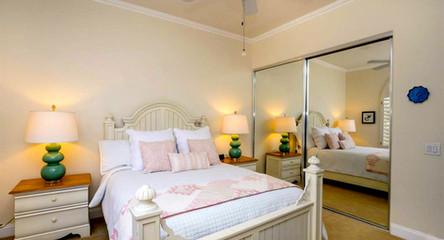 Guest Room 1.jpeg