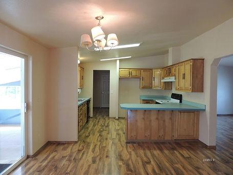 84940 dog lake kitchen 1.jpg