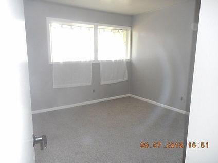 1056 Linda Lane Bed 2.jpg