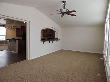 91946 hwy 140 family room main home.jpg