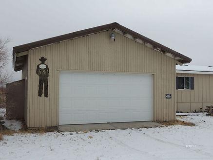 27281 warner garage 1.jpg
