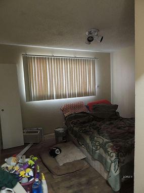 729 n 7th bed 1.jpg