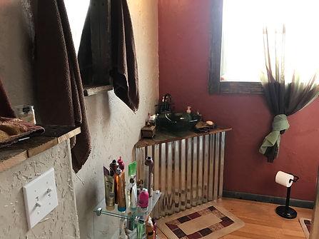 17860 Hwy 395 Master Bath.jpg