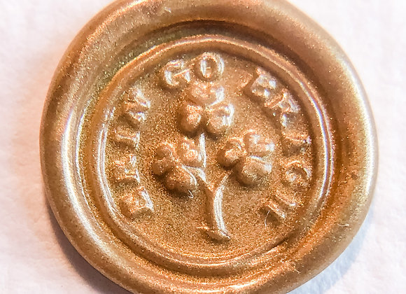 Erin Go Bragh Clovers in Gold (Round)