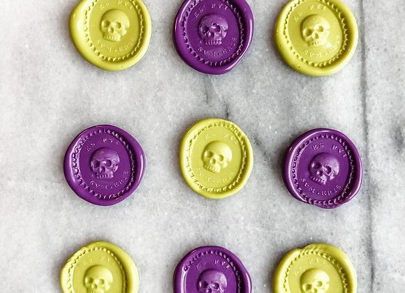 """Skulls """"Es Fui Sum Eris"""" (Green/Purple)"""