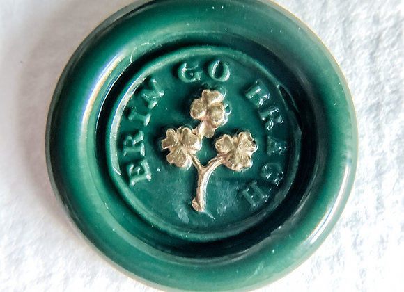 Gilt Erin Go Bragh Clovers in Adelaida Green (Round)