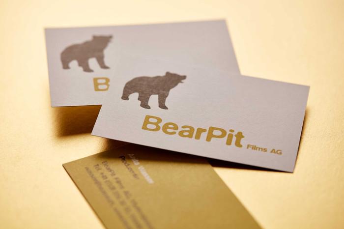 Logo & Drucksachen / BearPit Films, Entwicklung und Realisierung von Kino-, Fernseh-, Dokumentarfilmen und Serien