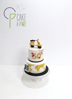 Gâteau sur mesure anniversaire de mariage - Thème Voyage et Vespa