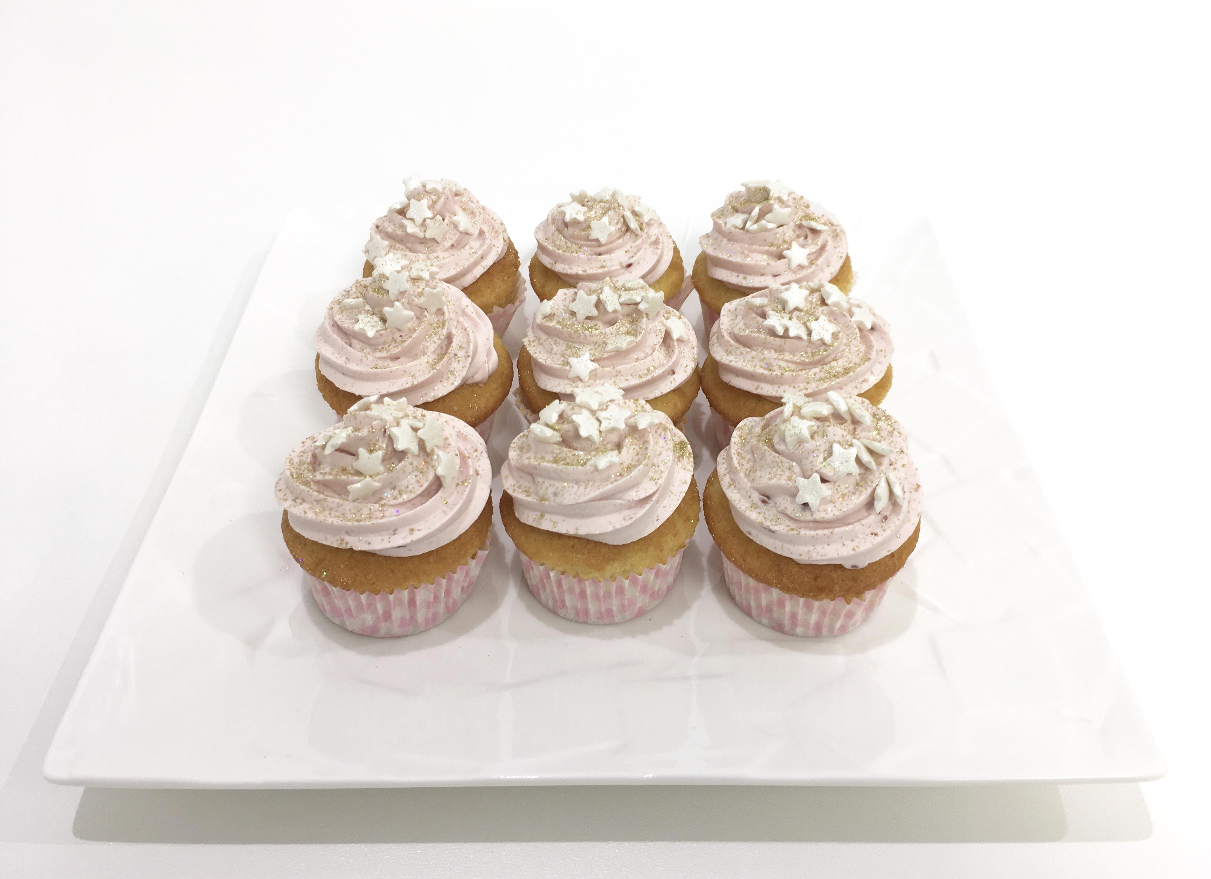 Gâteaux individuels personnalisés Anniversaire - Mini cupcakes Thème Licorne et étoiles