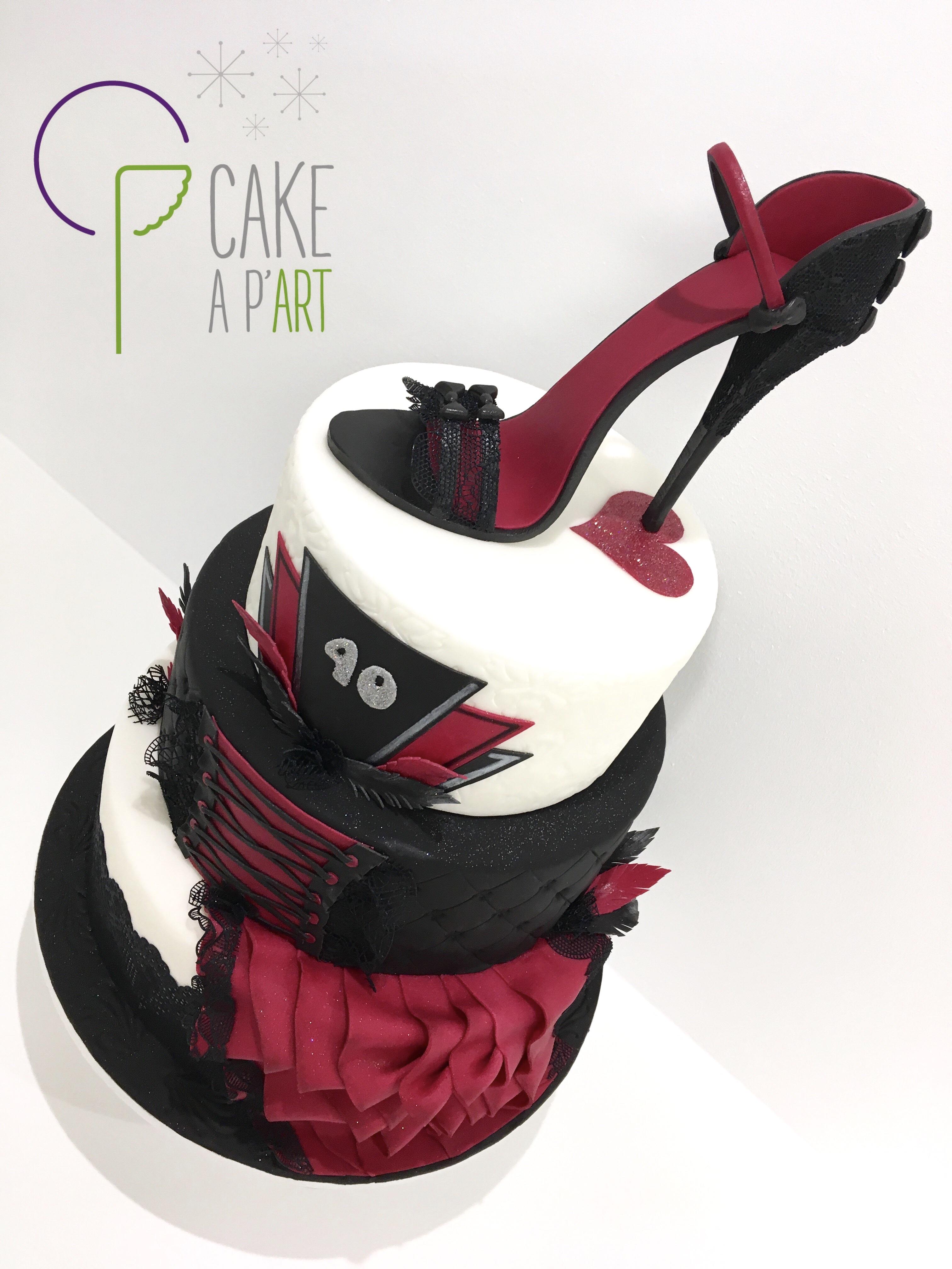 Gâteau sur mesure anniversaire adulte - Thème Cabaret talon aiguille