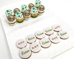 Gâteaux individuels personnalisés Baptême - Sablés décorés et mini cupcakes Thème ourson et exotique