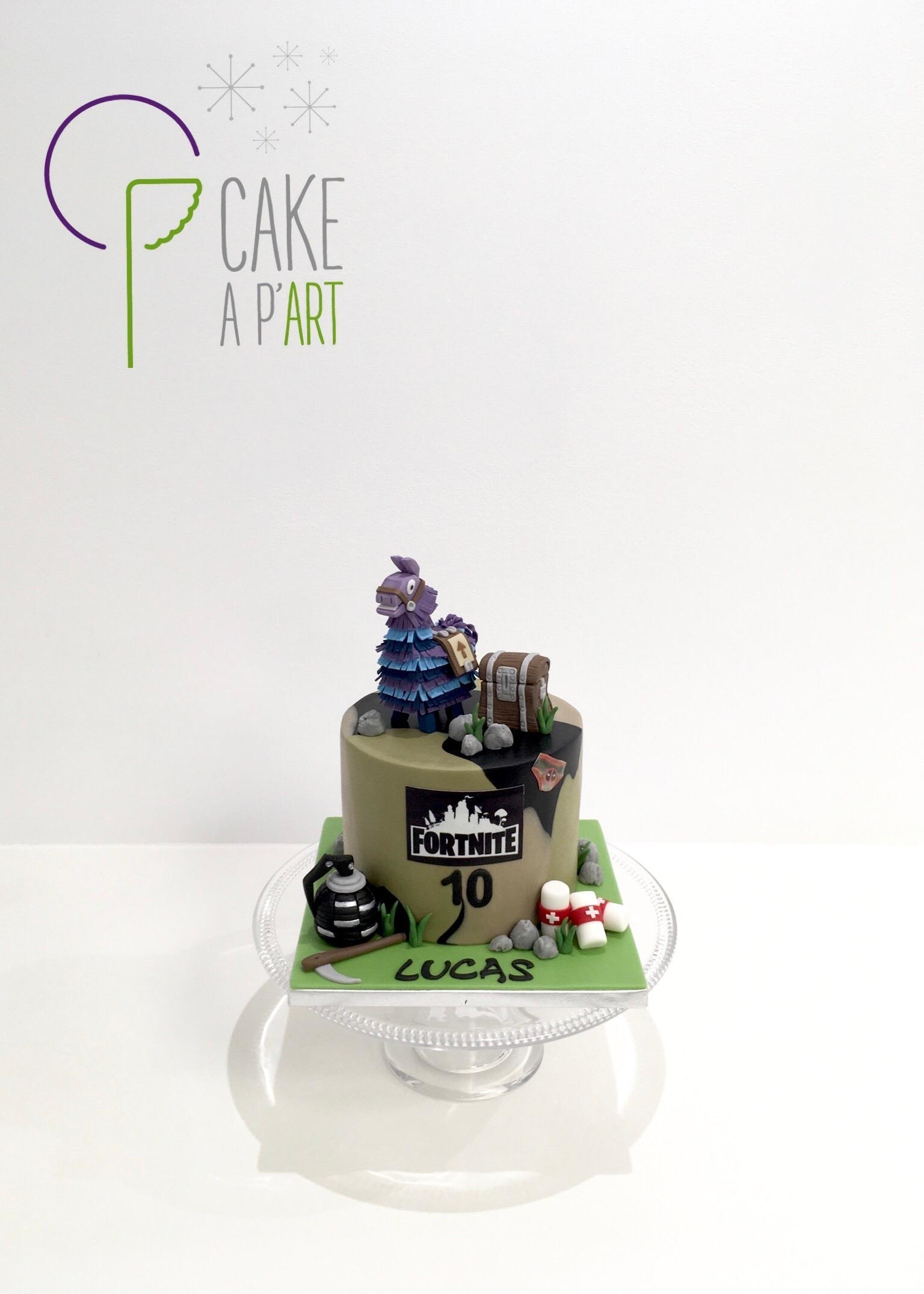 - Gâteau personnalisé anniversaire enfant - Thème Battle Royale Fortnite