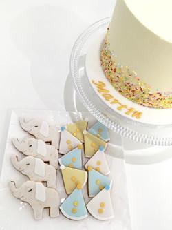 Gâteaux individuels personnalisés Anniversaire - Sablés décorés Thème Cirque Confettis Eléphants