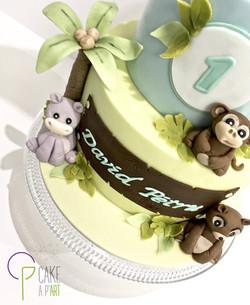 - Gâteau personnalisé anniversaire enfant - Thème Jungle et Montgolfière