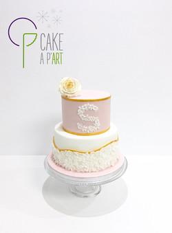 Gâteau sur mesure anniversaire adulte - Thème fleurs Rose et Or