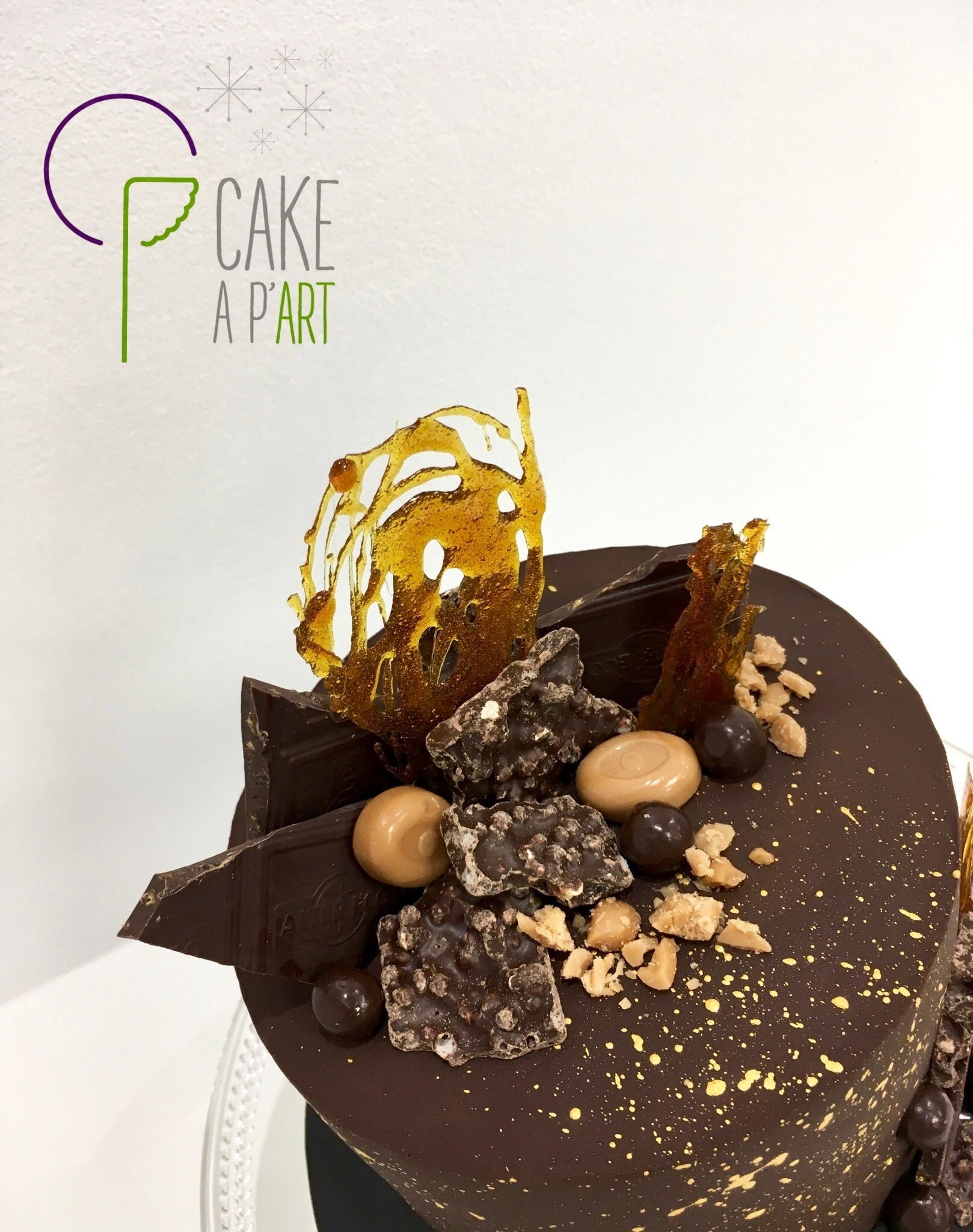 Gâteau personnalisé anniversaire - Nude Cake Chocolat et Caramel