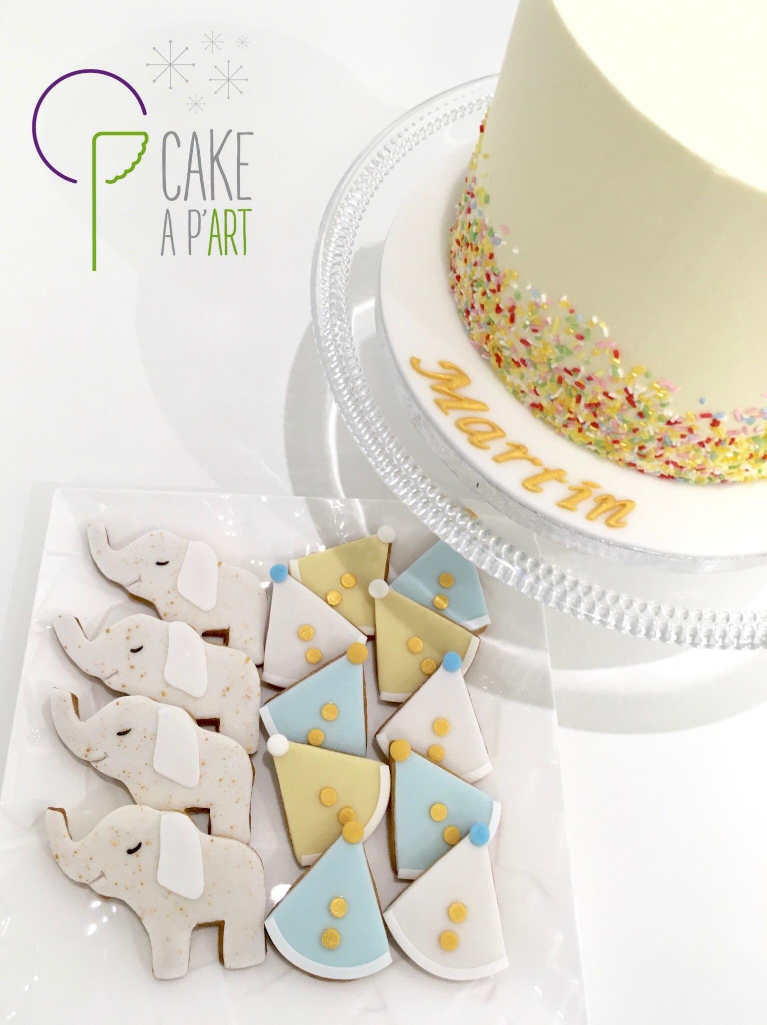 Gâteau personnalisé anniversaire - Nude Cake Cirque Confettis Eléphants