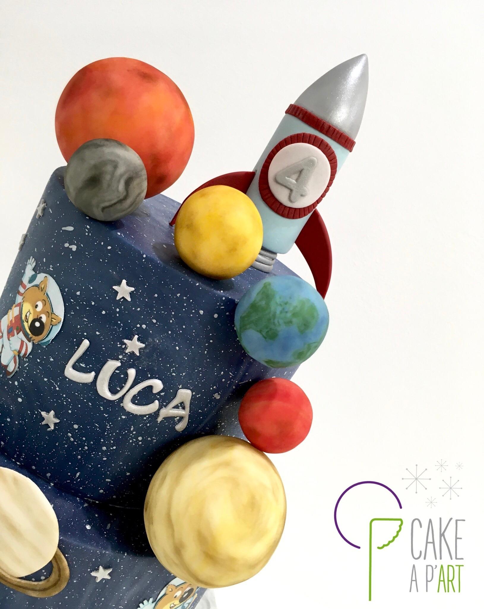 - Gâteau personnalisé anniversaire enfant - Thème Espace Planètes Cosmonaute et Mini-Loup