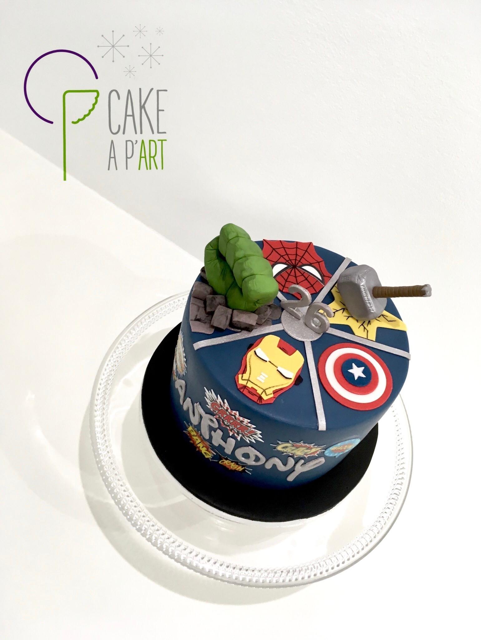 Gâteau sur mesure anniversaire adulte - Thème Marvel Avengers