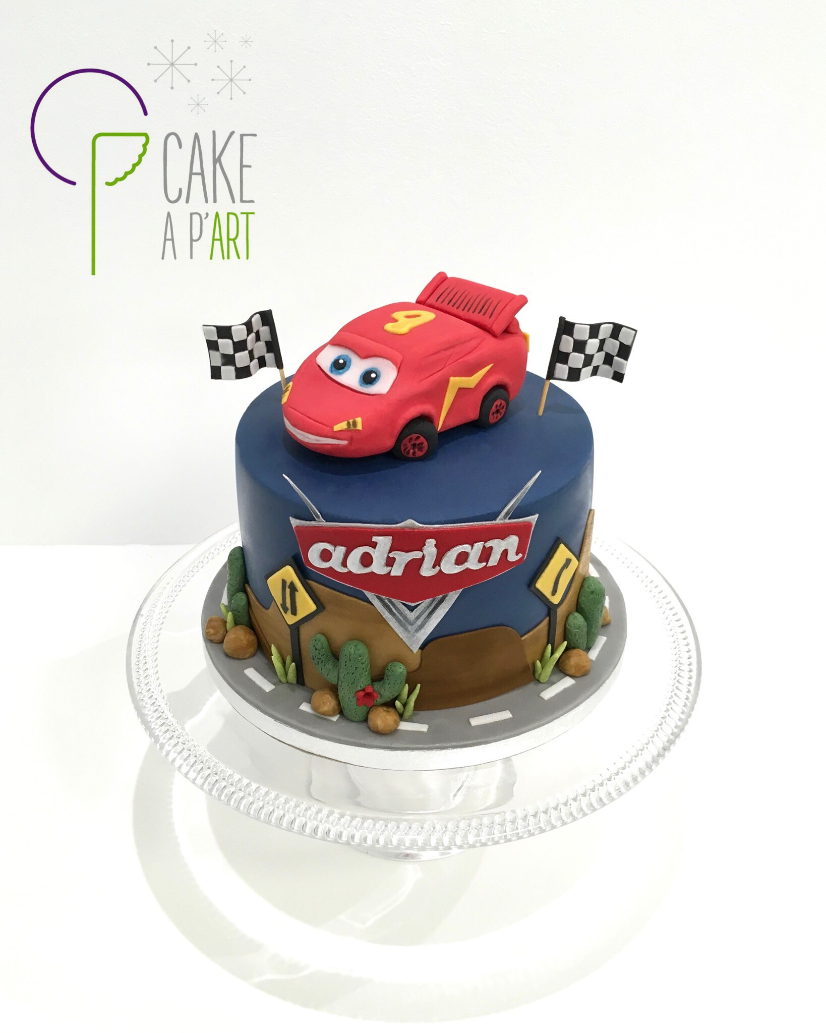 - Gâteau personnalisé anniversaire enfant - Thème Cars