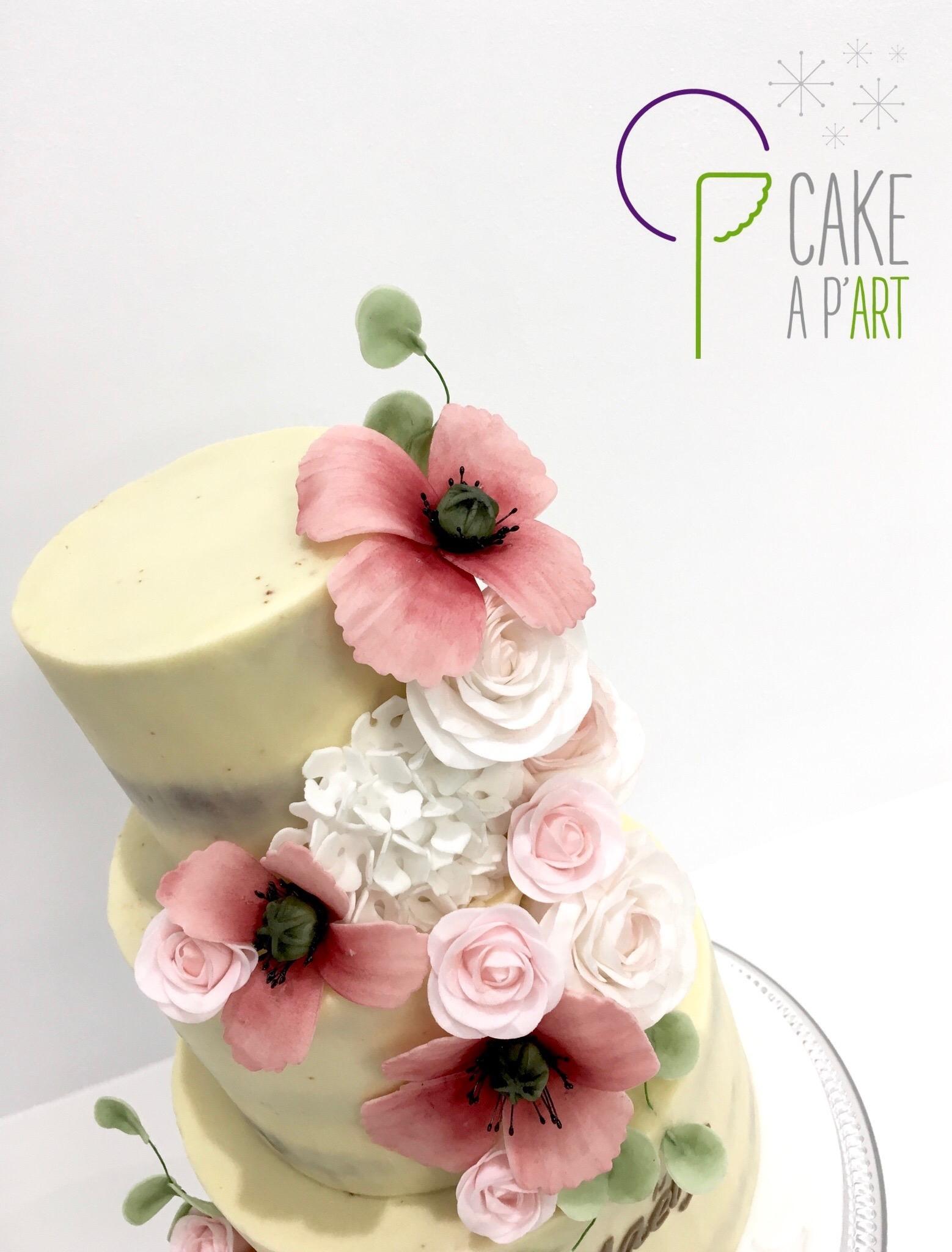 Décor en sucre gâteaux personnalisés - Nude Cake Baptême fleurs Coquelicots roses hortensias