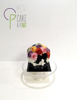 Gâteau sur mesure anniversaire 3D adulte - Thème Cupcake géant et roses