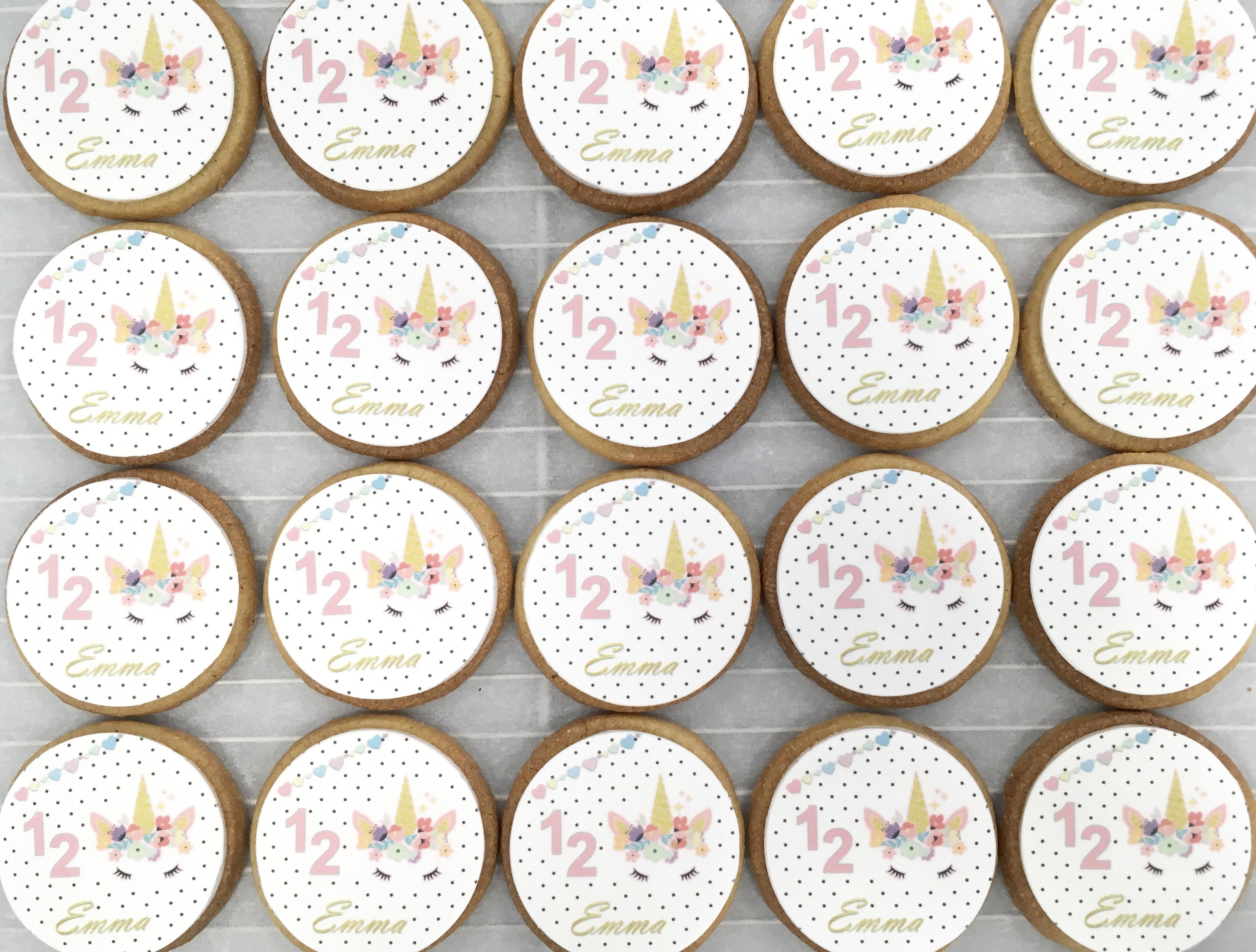 Gâteaux individuels personnalisés Anniversaire - Sablés décorés Impression alimentaire Licorne