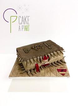 - Gâteau personnalisé anniversaire 3D enfant - Thème Harry Potter Le monstrueux livre des monstres