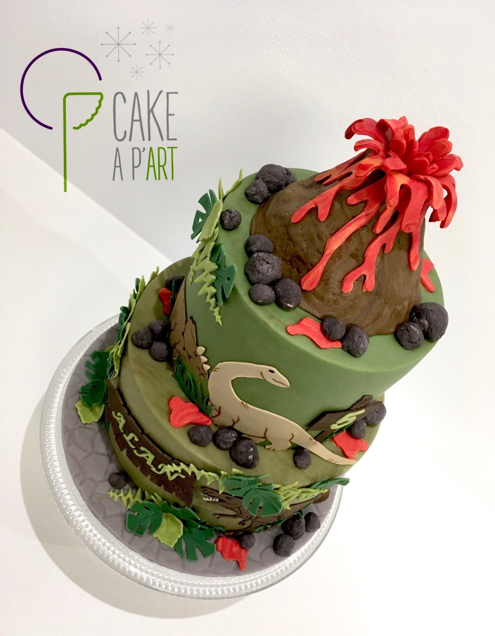 Décor modelage en sucre gâteaux personnalisés - Anniversaire Thème Volcan et dinosaures