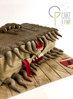 Gâteau sculpté 3D anniversaire - Trompe l'oeil Le monstrueux livre des montres Harry Potter