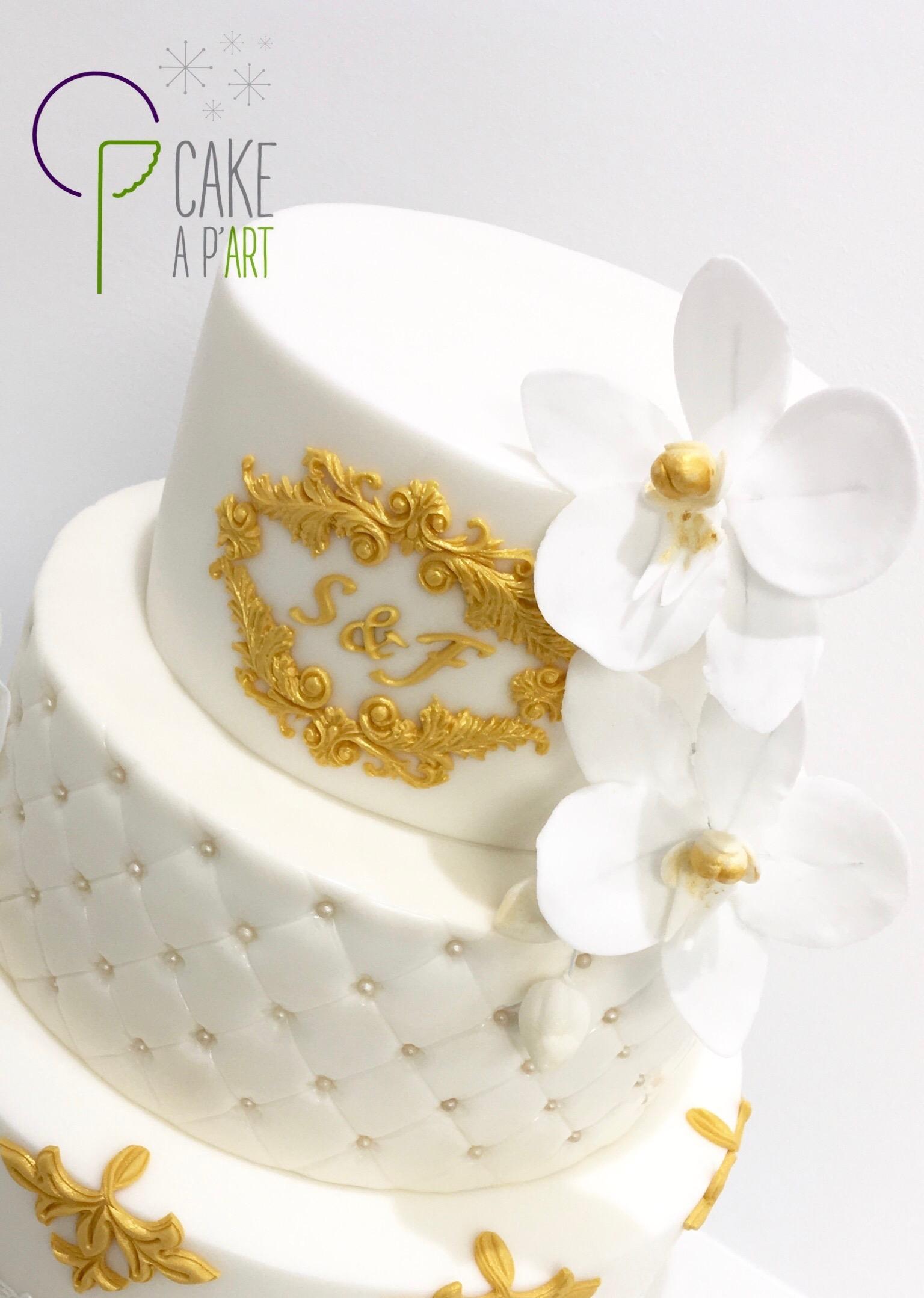Wedding Cake Pièce montée Mariage - Thème Blanc et Or Orchidée