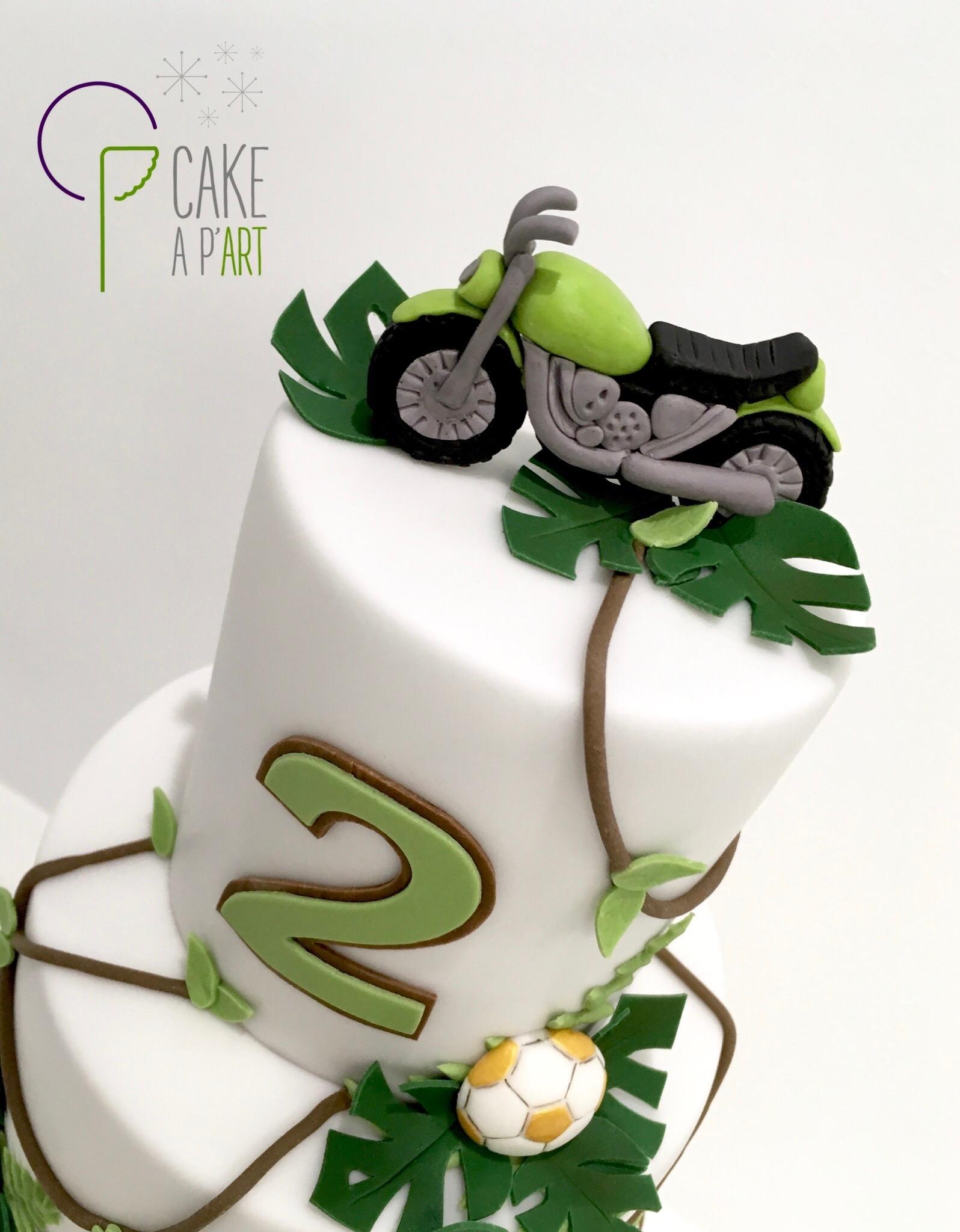- Gâteau personnalisé anniversaire enfant - Thème Jungle et moto