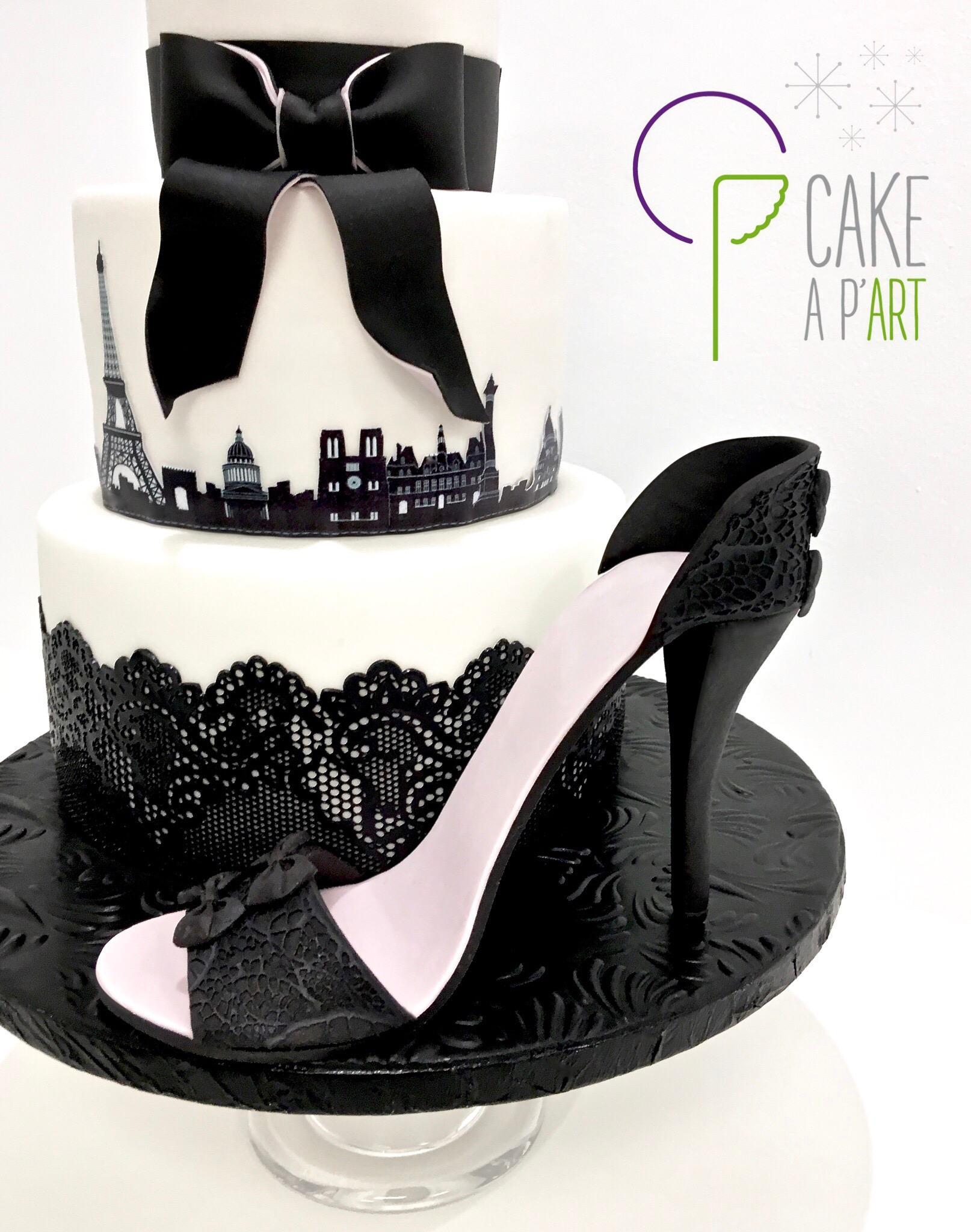 Décor modelage en sucre gâteaux personnalisés - Anniversaire Thème Paris et chaussure talon aiguille