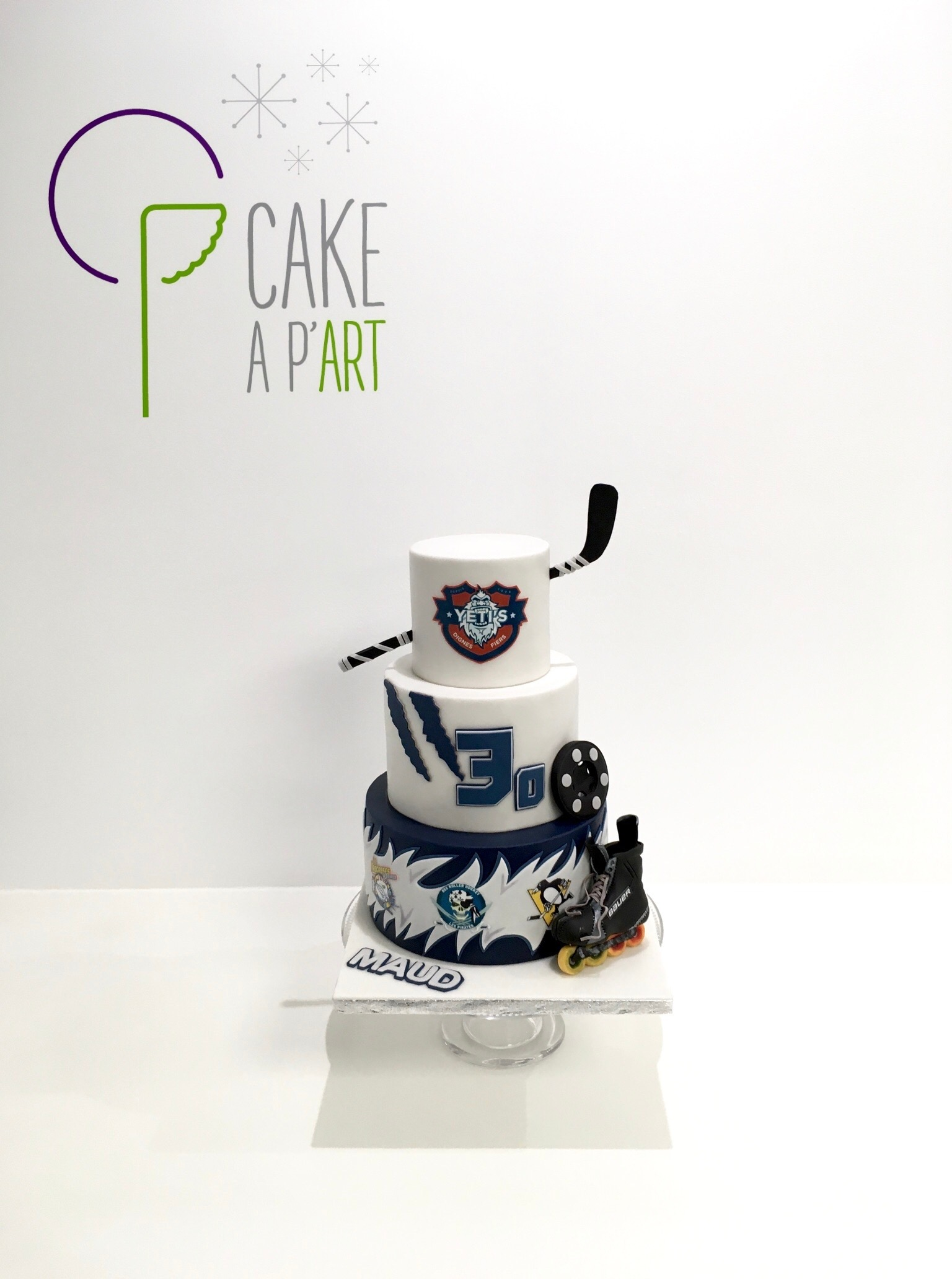Gâteau anniversaire Thème Roller Hockey