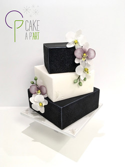 Wedding Cake Pièce montée Mariage - Thème Noir et Blanc Orchidées