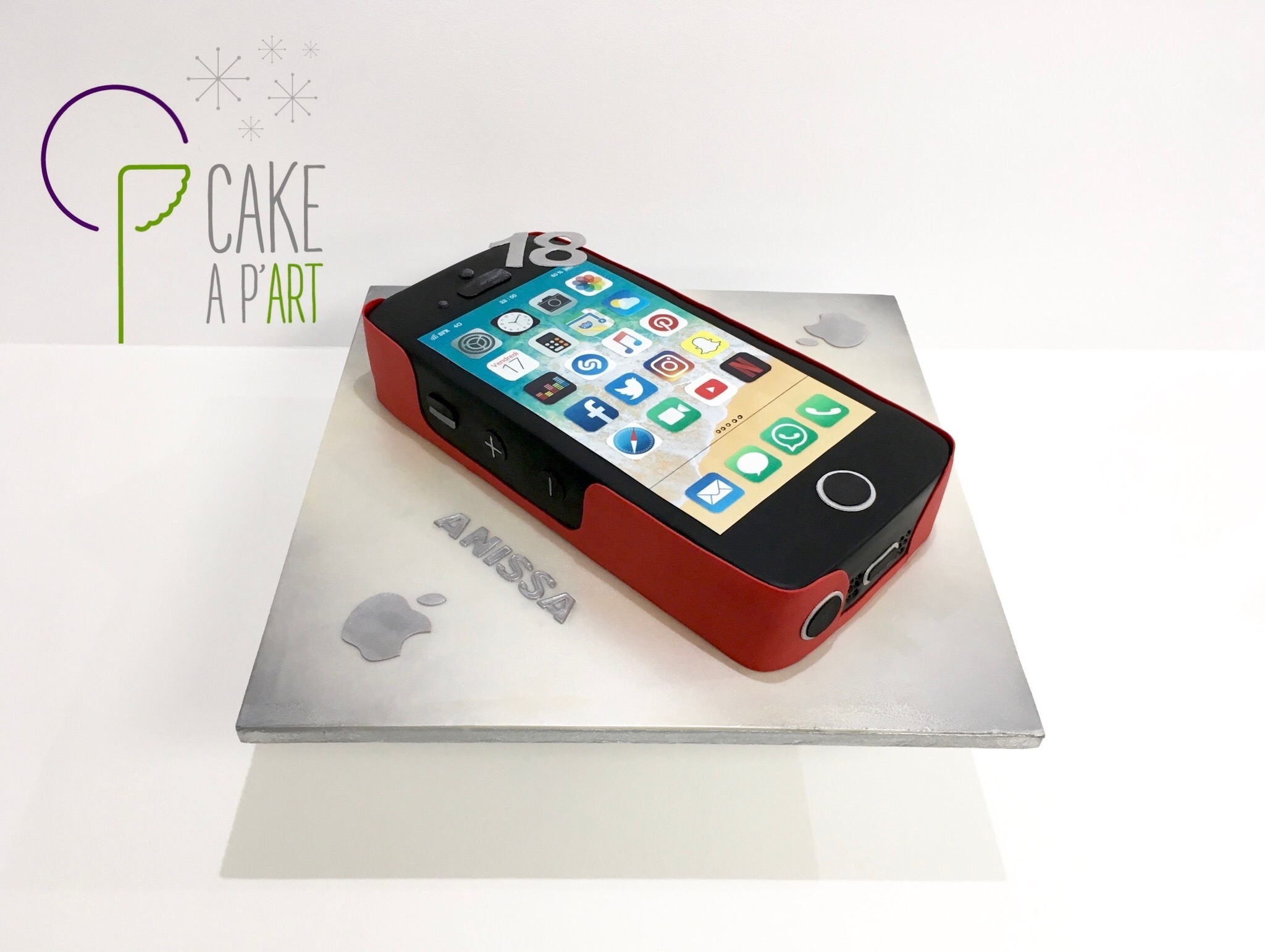 Gâteau sur mesure anniversaire 3D adulte - Thème iPhone