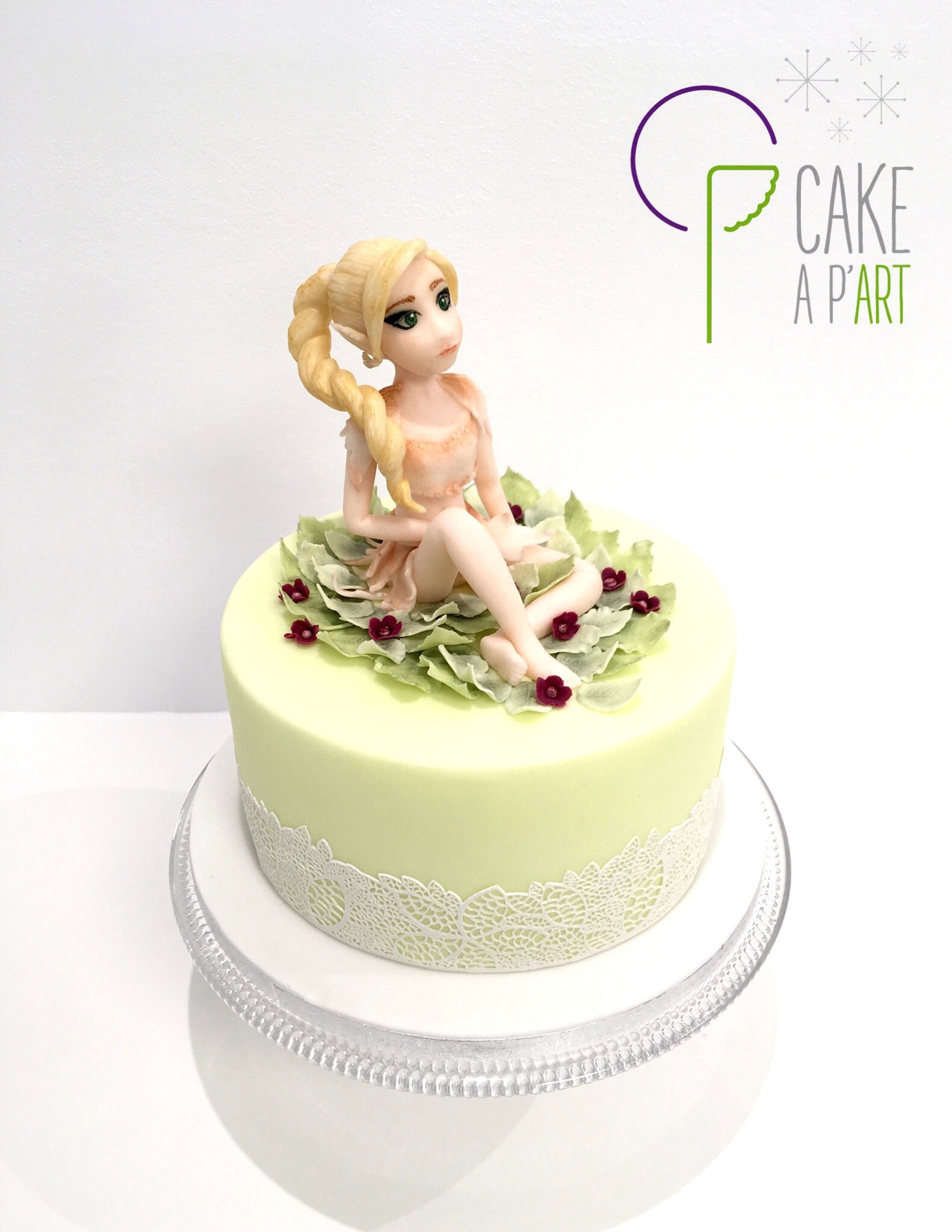 - Gâteau personnalisé anniversaire enfant - Thème Fée nature