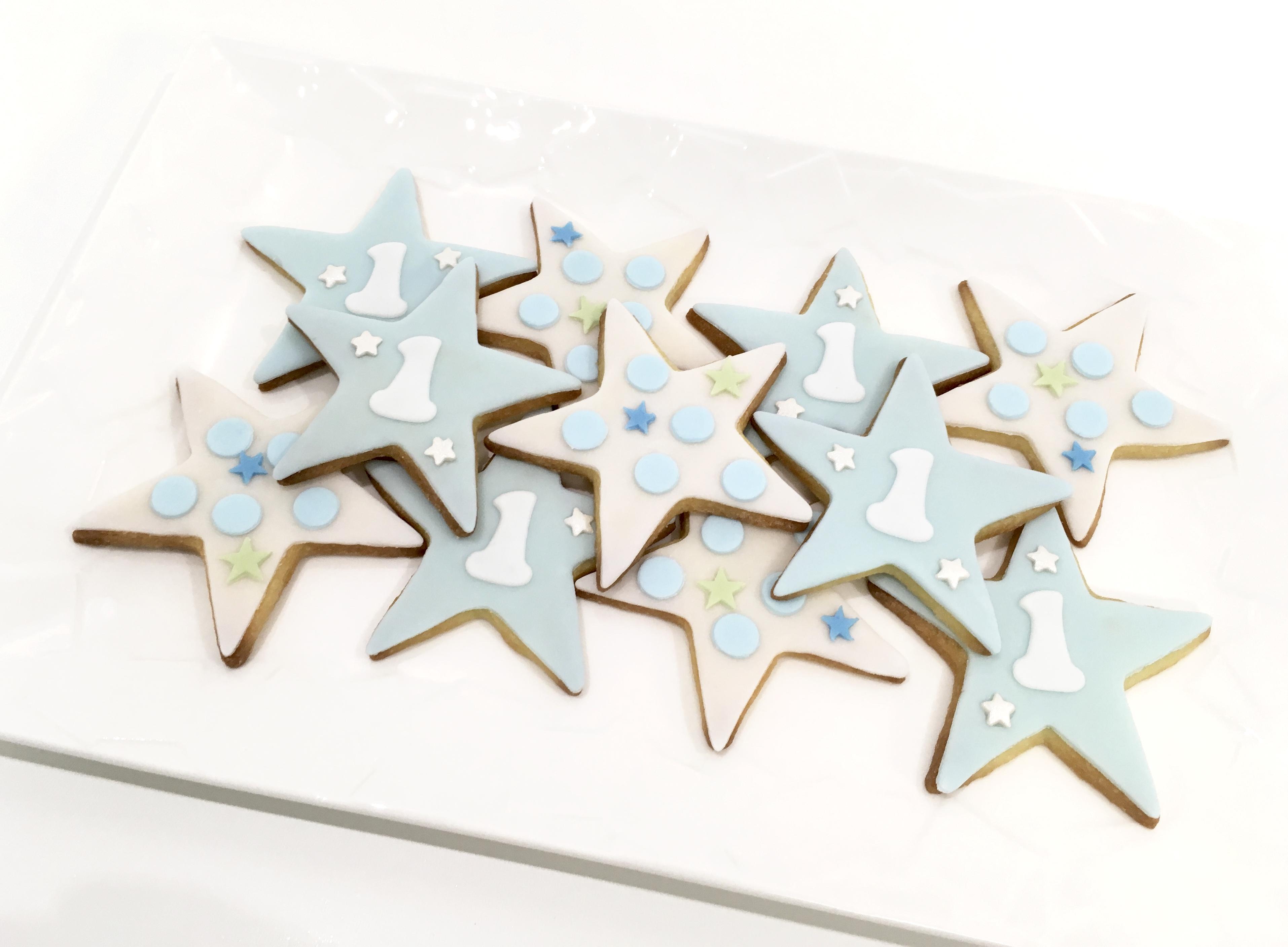 Gâteaux individuels personnalisés Anniversaire - Sablés décorés Etoiles