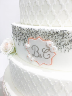 Wedding Cake Pièce montée Mariage - Thème Romantique floral Rose poudré et Argent