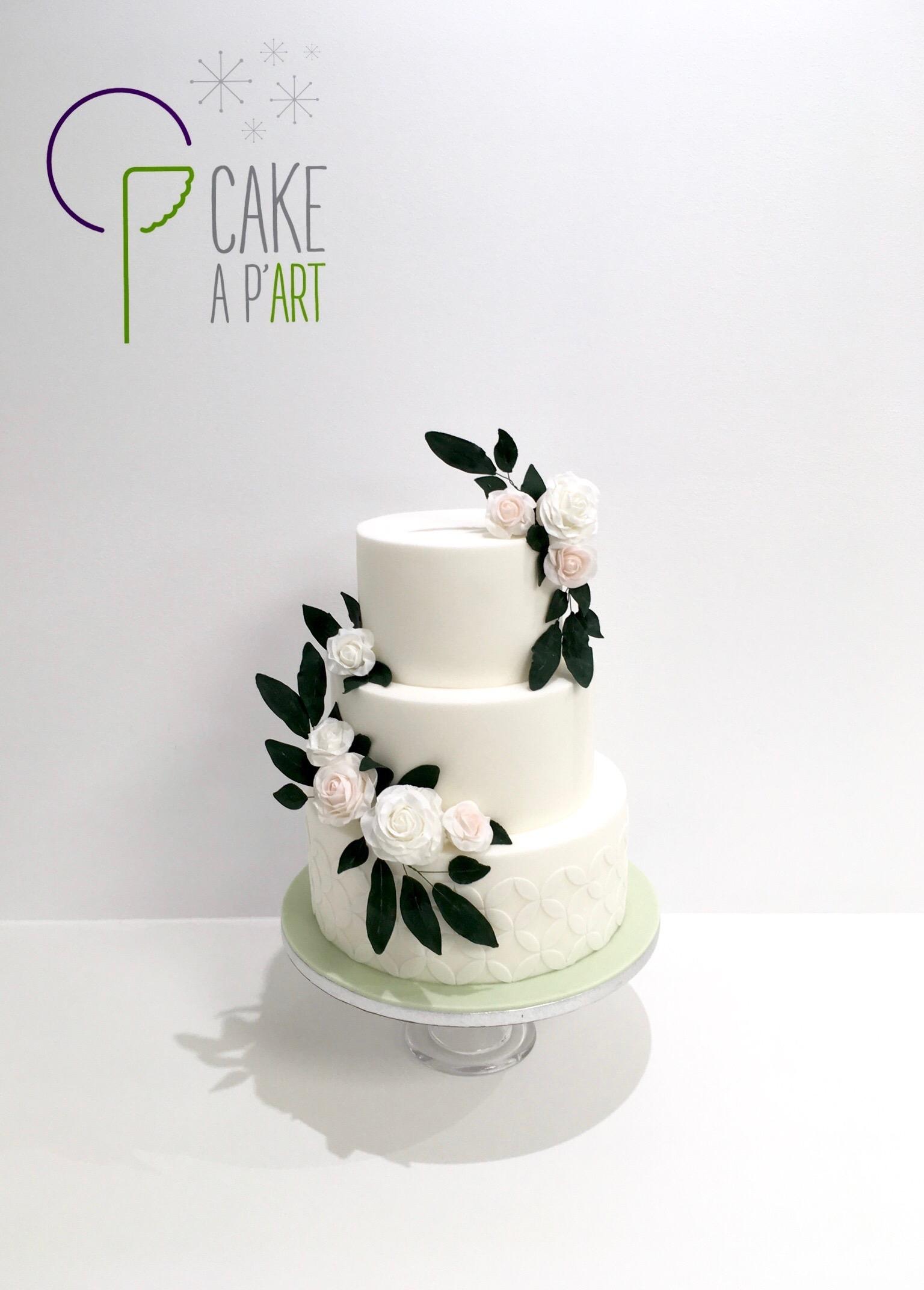 Wedding Cake Pièce montée Mariage - Thème Couronne fleurs Roses