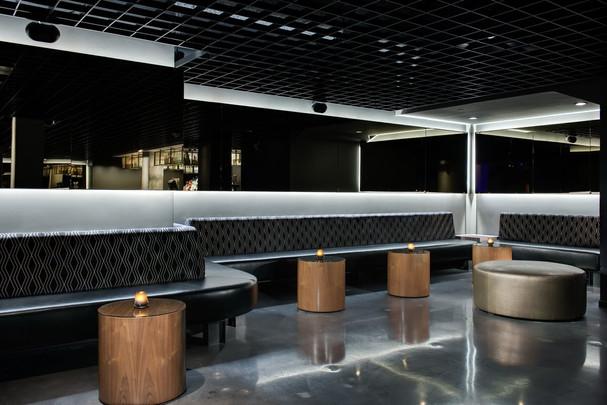 Black Swan Nightclub