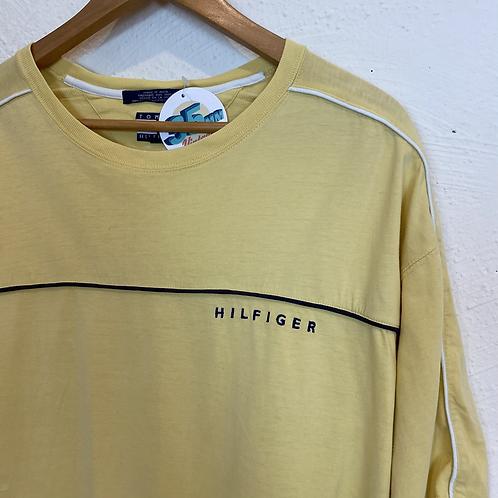 Yellow Hilfiger T-shirt (XL)