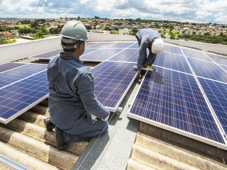 Installatori impianti da energie rinnovabili: in arrivo il titolo di qualificazione nella visura cam
