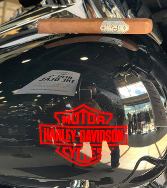 DAVTIAN Cigar Event at Harley Davidson