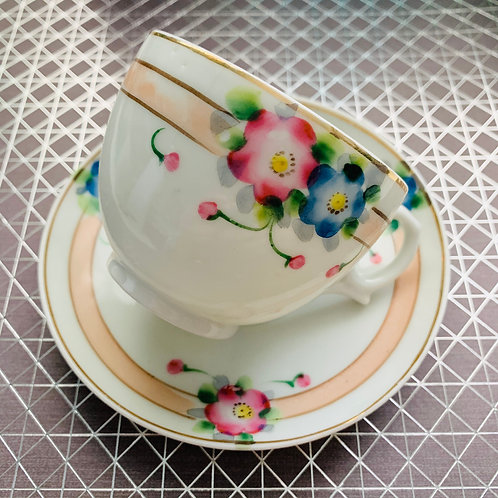 Bright Flower Teacup