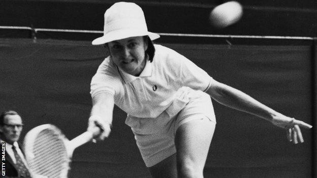 First French Open winner Nancy Richey on prize money & Paris riots 50 years ago
