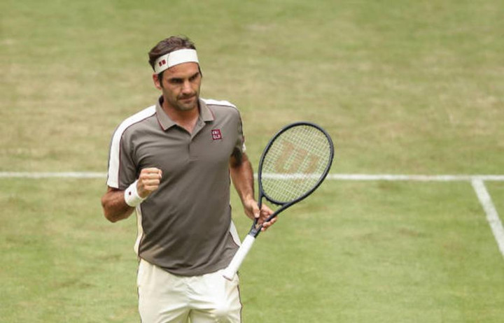 Roger Federer: I don't support on-court coaching